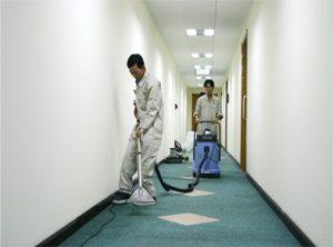 Dịch vụ làm vệ sinh công nghiệp theo giờ