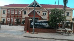 Vệ sinh ban quản lý khu di tích phường Hàm Rồng