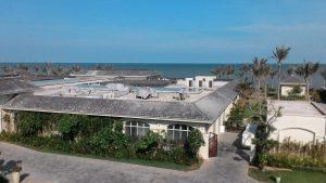 Vệ sinh khu biệt thự nghỉ dưỡng của FLC
