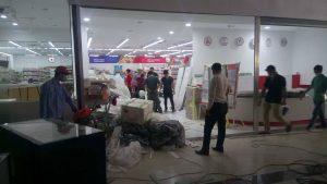 Vệ sinh trung tâm thương mại Vincom Tỉnh Gia – Thanh Hóa